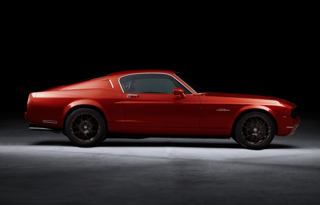Red Equus BASS770